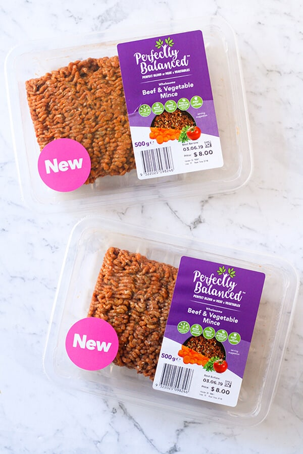 perfectly balanced beef and vegetable mince in it's packaging