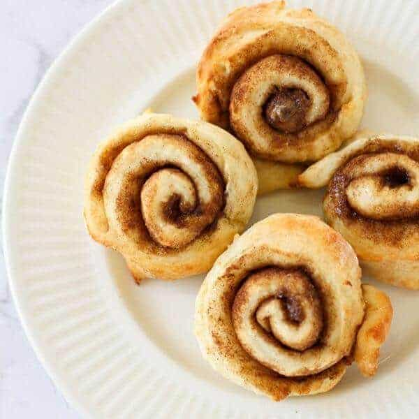 Quick and Easy Cinnamon Scrolls (No Yeast)