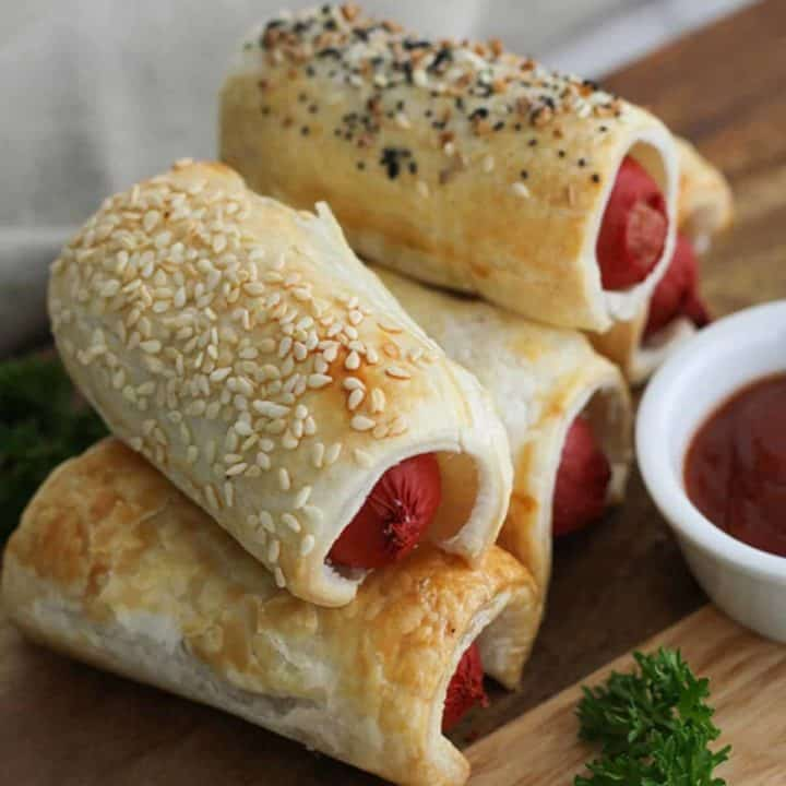 Puffy Dogs {Pigs in a Blanket}